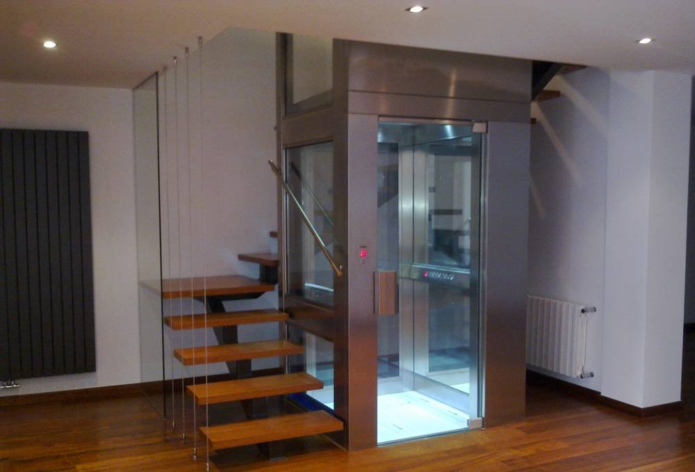 Montaje de ascensores unifamiliares en Valencia