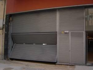 Puertas de garaje Valencia