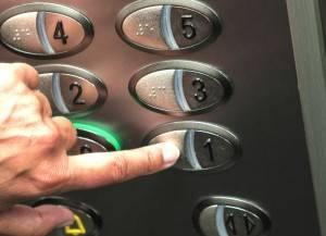 Bajar ascensor a cota cero Valencia - Empresa de ascensores en Valencia