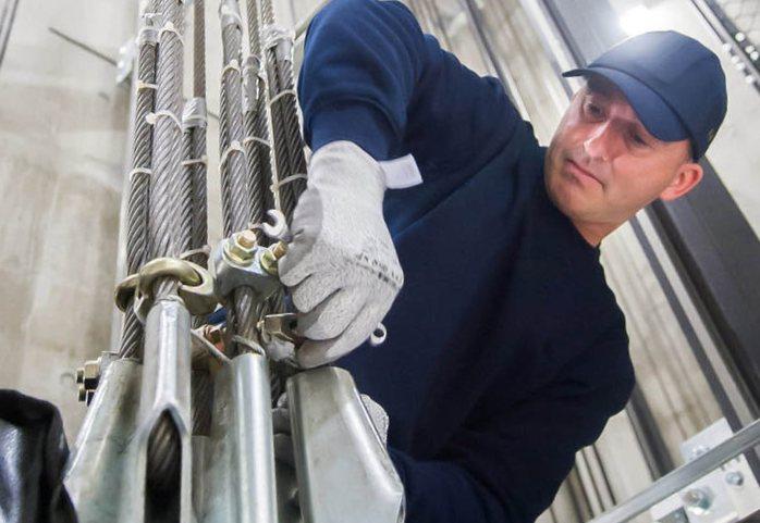 Servicios de mantenimiento de ascensores Valencia - Empresa profesional
