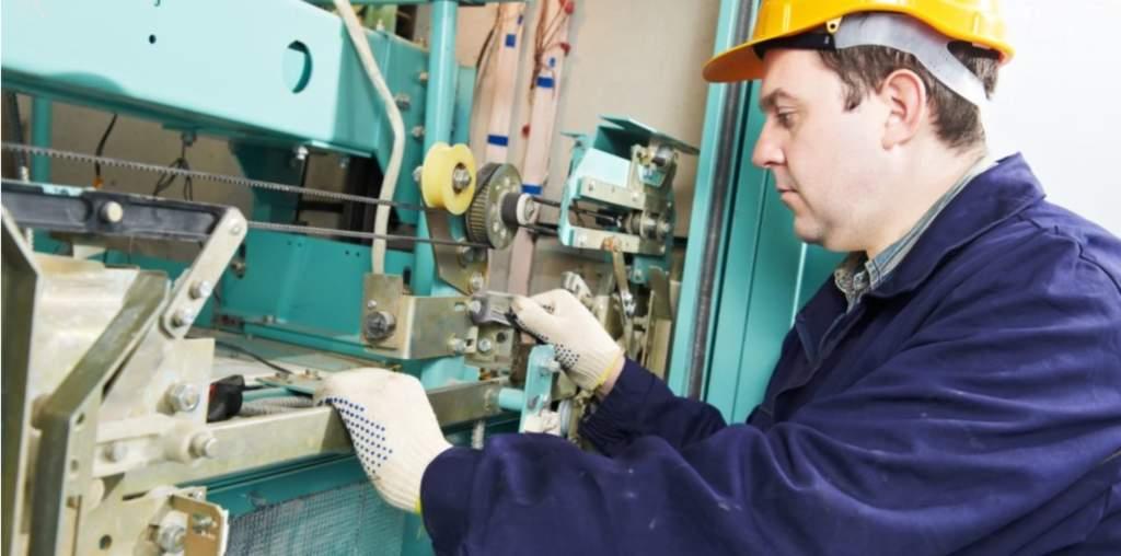 Trabajos de mantenimiento de ascensores Valencia - Empresa profesional