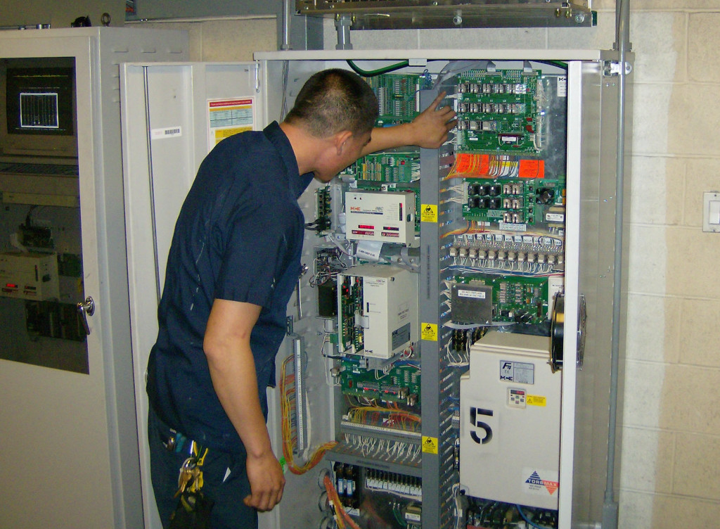 Empresa de mantenimiento de ascensores