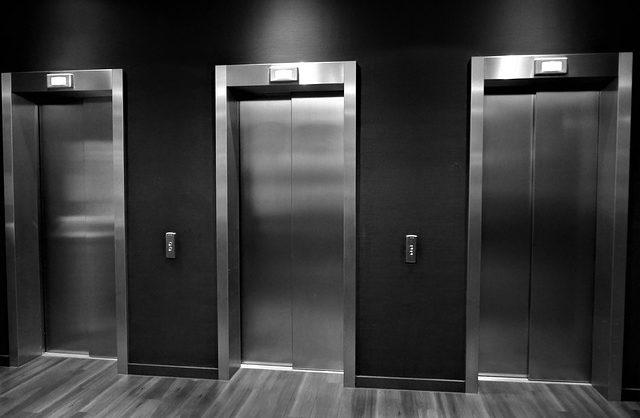 Trabajos de mantenimiento de ascensores Valencia